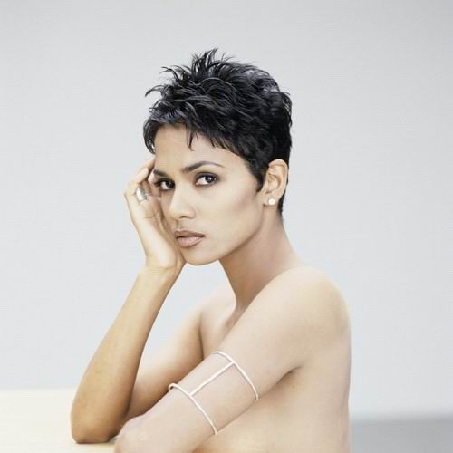 halle-berry-short-hair